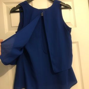 Japna Tops - Blue flowy tank with peephole back - 2 for $20